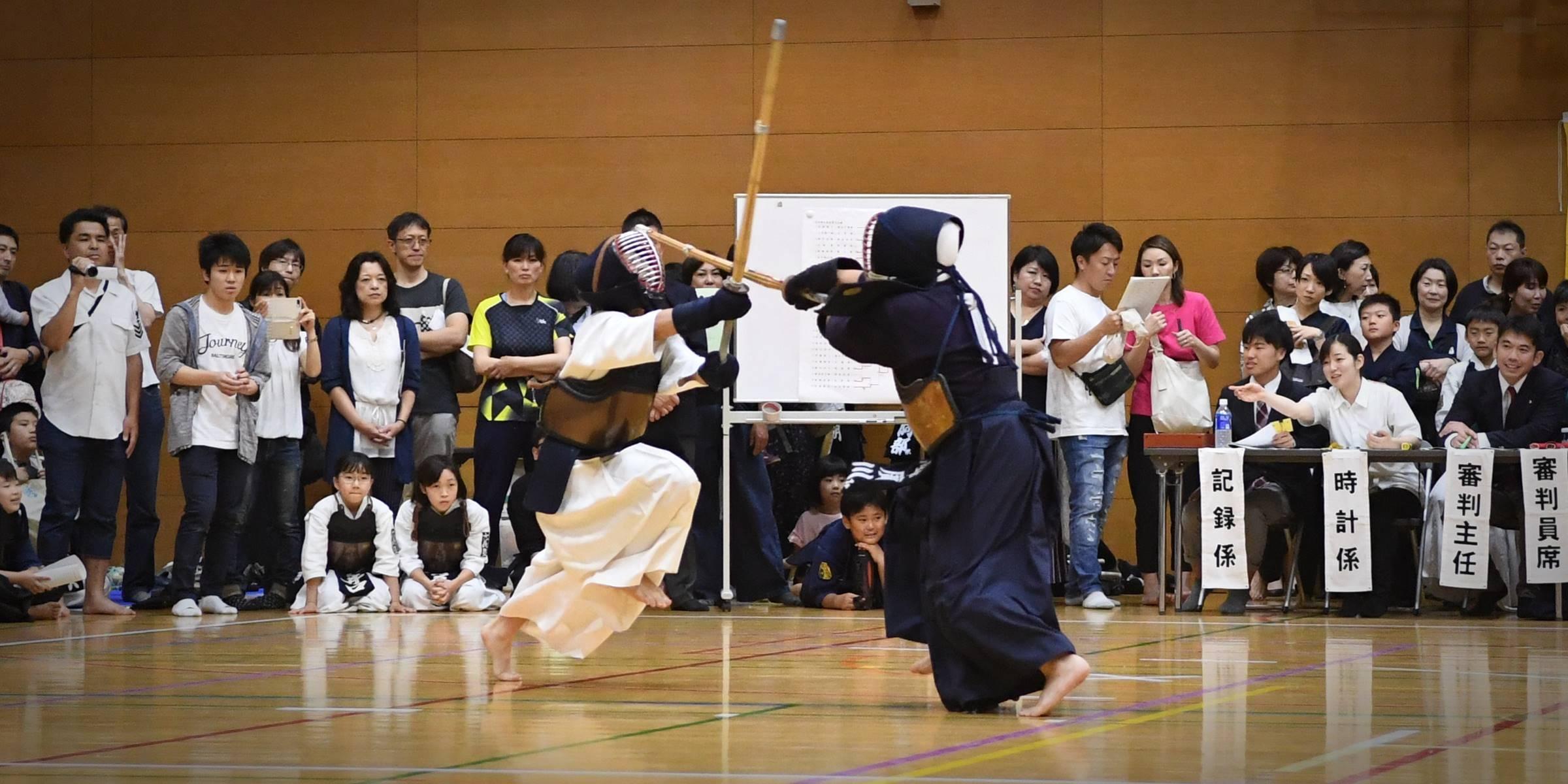 剣道を通じた青少年の志気昇揚と